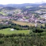 Nach Eltern-Kind-Turnen ~ Blick vom Kleinen Hörselberg (436 müNN) auf Wutha-Farnroda
