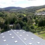 ...~ Blick über Hörselberghalle auf Farnroda bis hin zum Ringberg mit Alexanderturm ~...