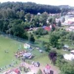 ...~ Blick über den Sportplatz in Richtung Wutha, Mosbacher Straße und Petkus